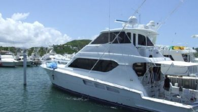 Photo of 2001 Hatteras 65′ Convertible – $650,000