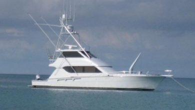 Photo of 2003 Hatteras 65′ Convertible – $795,000