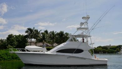 Photo of 2004 Hatteras 54′ Convertible – $695,000