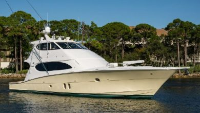 Photo of 2010 Hatteras 77′ Convertible – $2,595,000