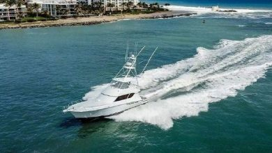 Photo of 2002 Hatteras 65′ Convertible – $995,000
