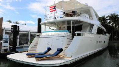 Photo of 2016 Hatteras 100 Raised Pilothouse – $8,290,000