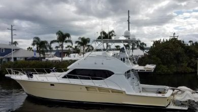 Photo of 2000 Hatteras 50′ Convertible – $259,000