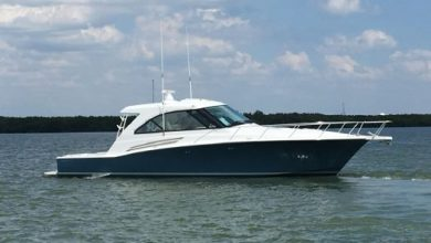 Photo of 2017 Hatteras 45′ Express – $1,089,000