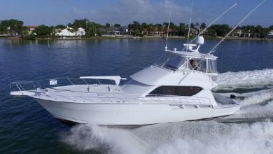 Photo of 2002 Hatteras 55′ Convertible – $649,000