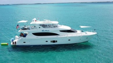 Photo of 2014 Hatteras 80′ Motor Yacht – $3,895,000