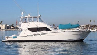 Photo of 2002 Hatteras 60′ Convertible – $775,000