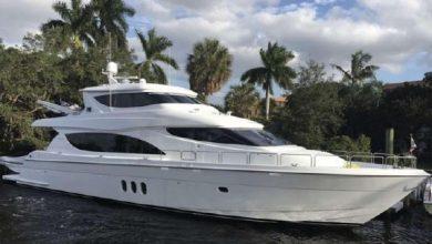 Photo of 2005 Hatteras 80′ Motor Yacht – $2,194,000