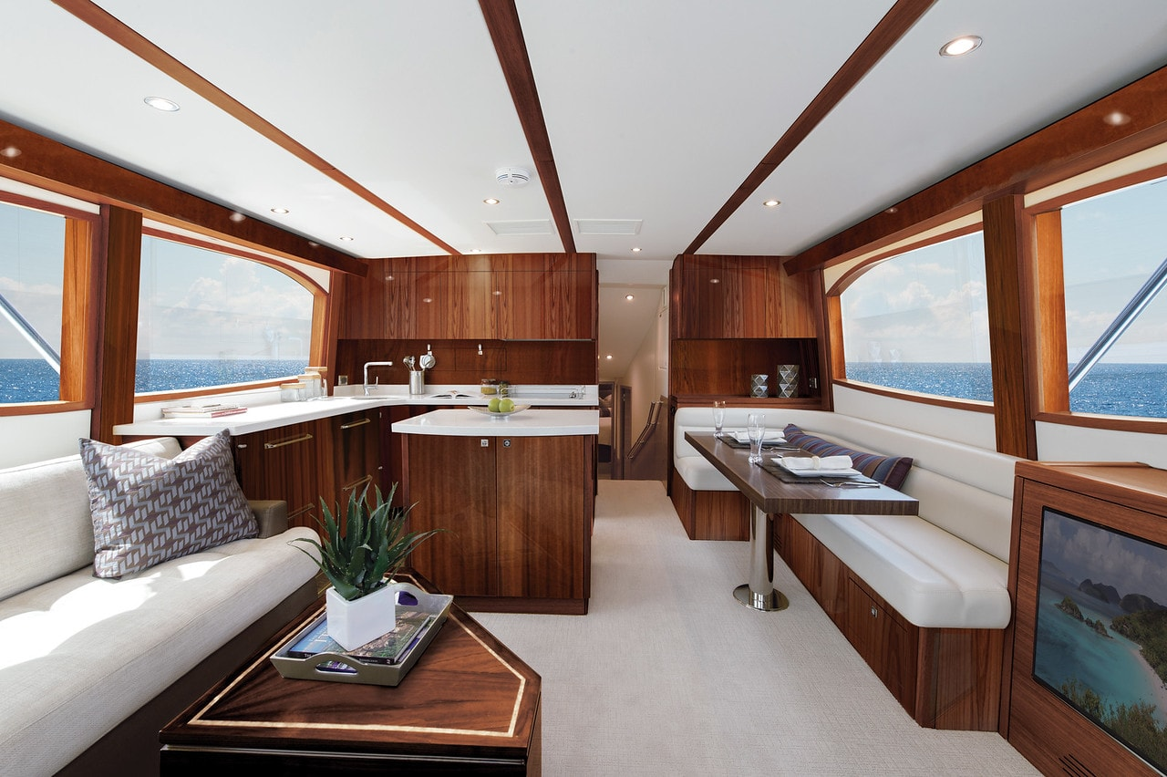 Hatteras GT54 Salon Dark