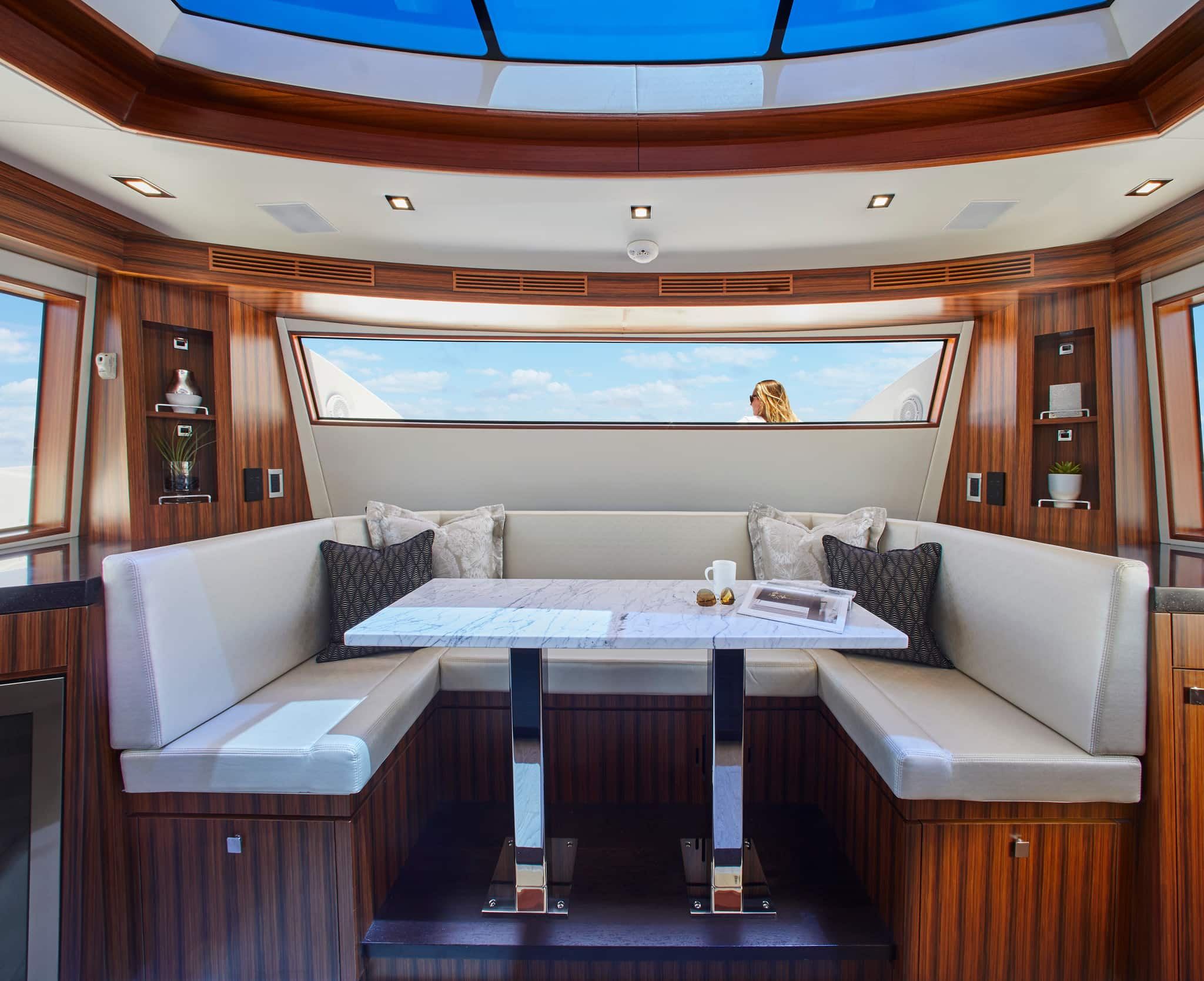Hatteras M90 Panacera Day Seating Area Galley