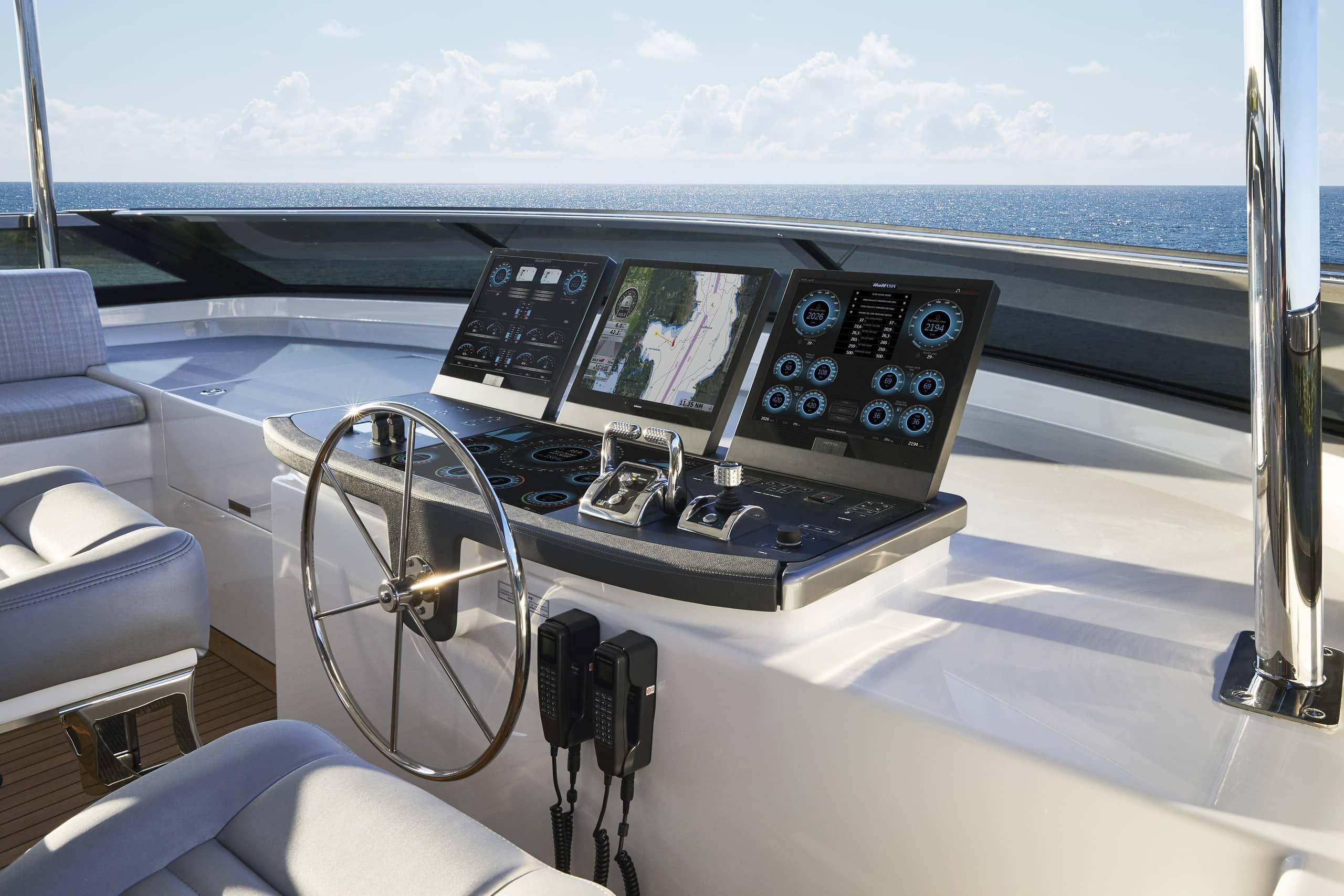 Hatteras M90 Panacera Flybridge Controls