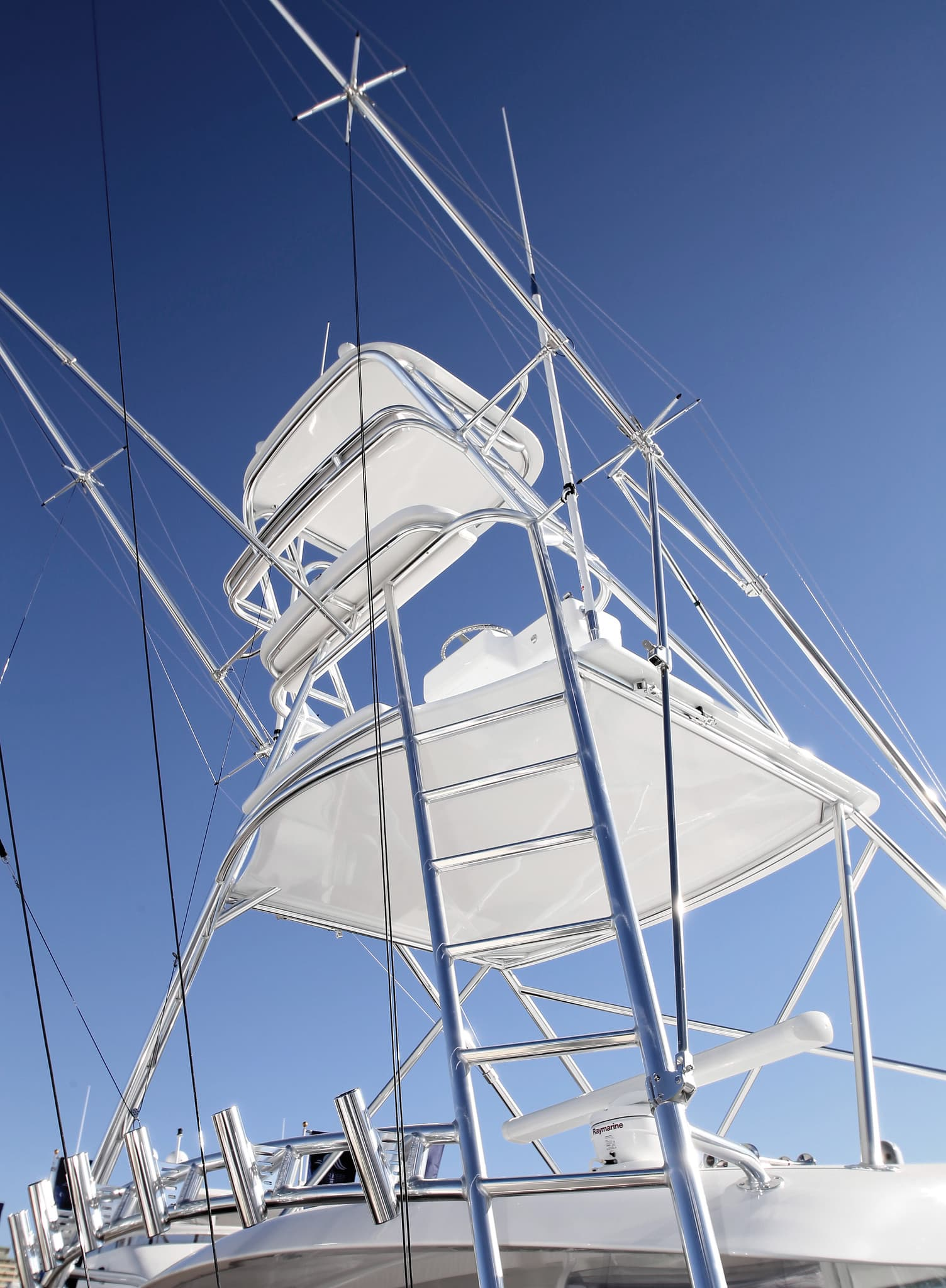 Hatteras GT45 Express Tower