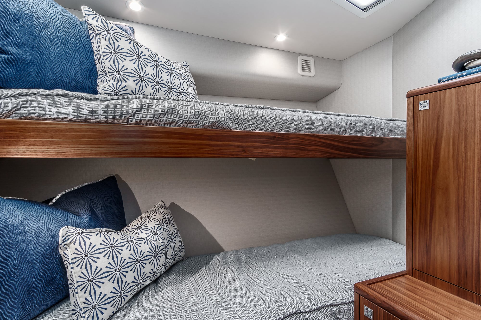Hatteras GT45 Express Bunk Room