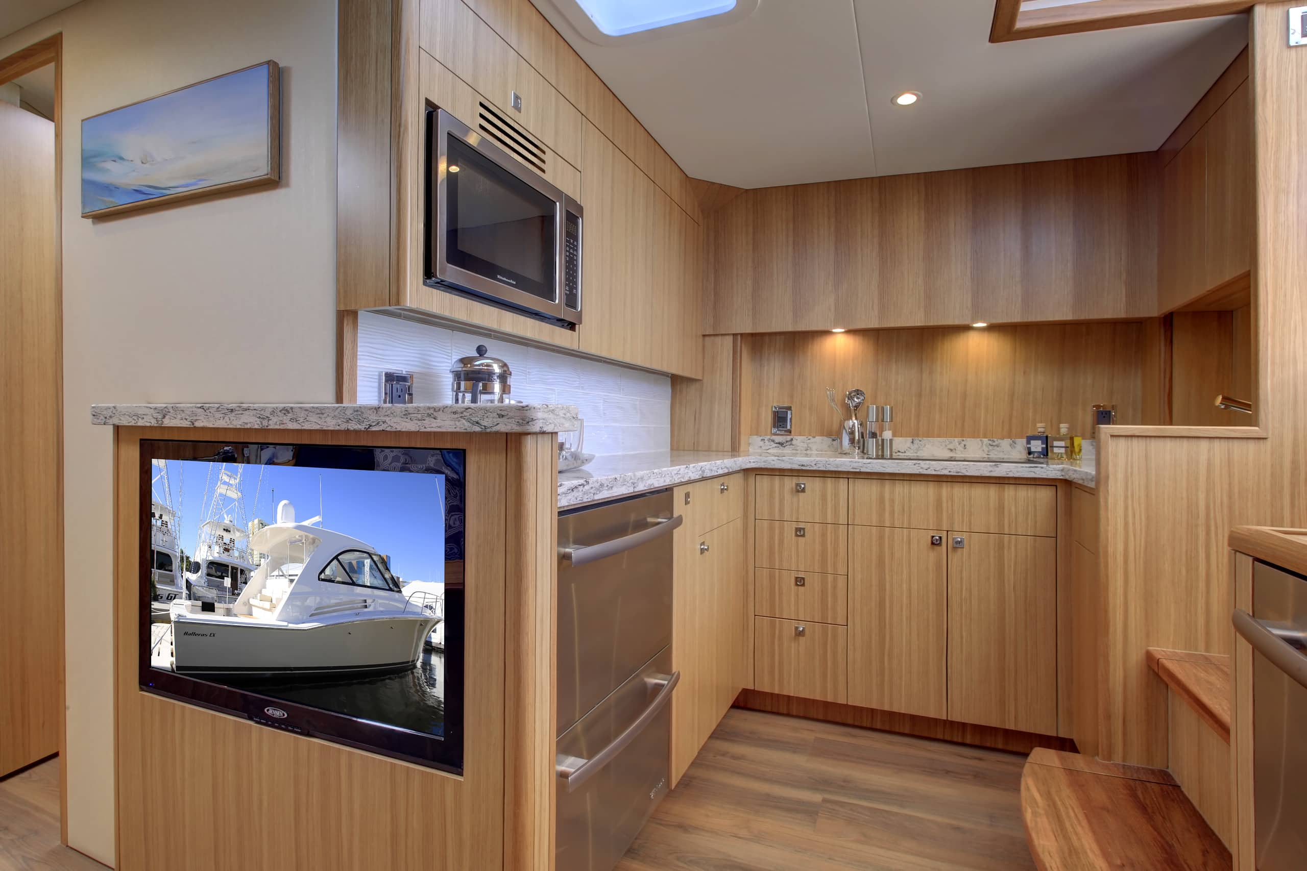 Hatteras GT45 Express Galley Light