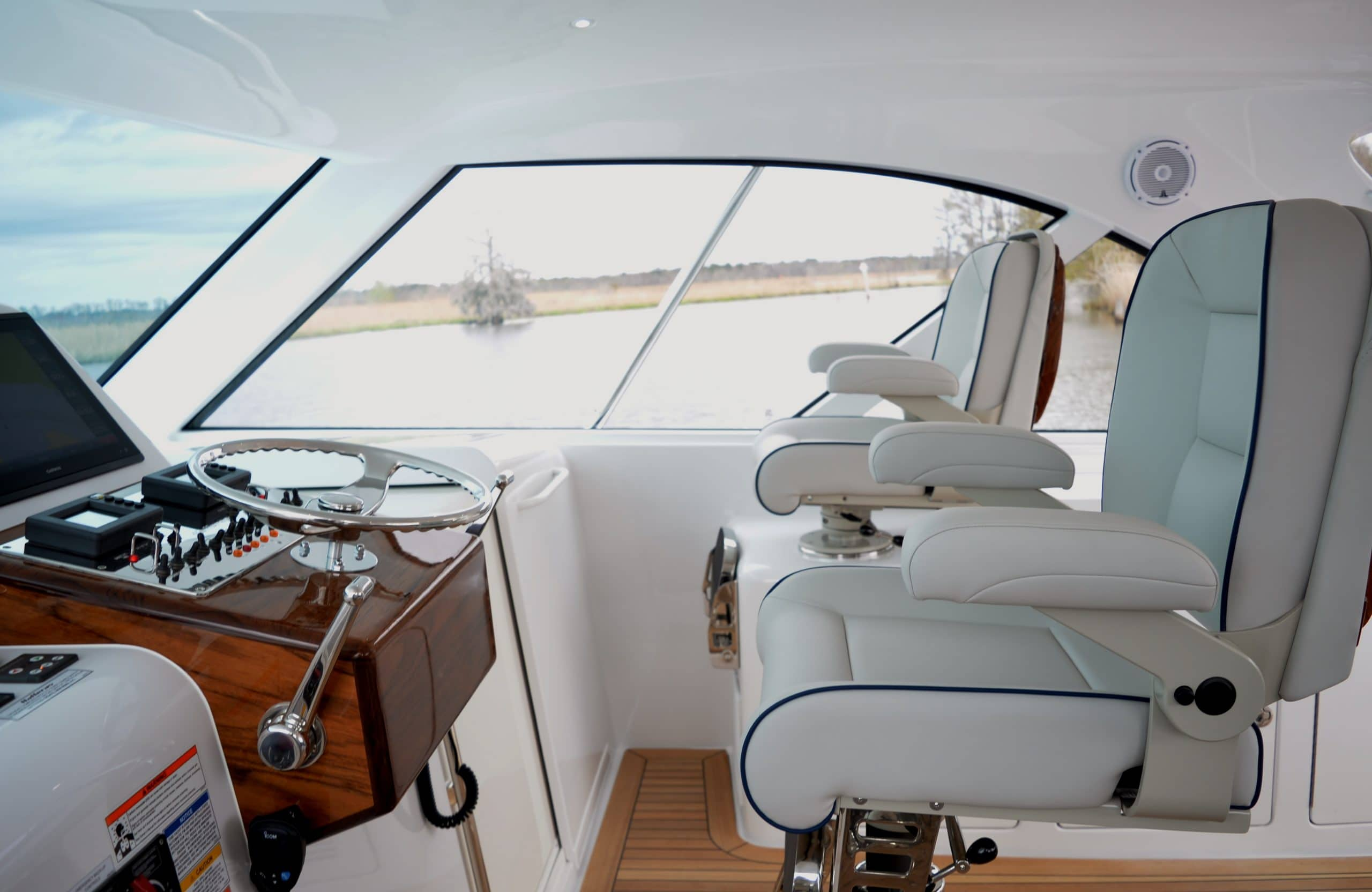 Hatteras GT45 Express Lower Helm Seats